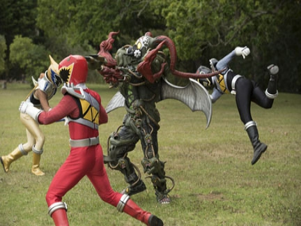 A l 39 attaque power rangers dino super charge images power rangers s ries la t l - Sonic power rangers dino charge ...
