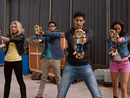 Power Rangers Super Megaforce - Des Rangers soudés