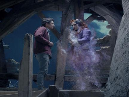 Le fantôme d'Aliénor s'évapore pour replonger dans les ténèbres