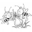 Coloriage Maya et Willy adorent les fleurs