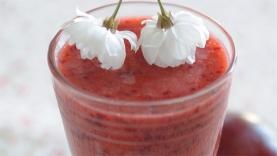 Smoothie de prunes et de cerises à la menthe