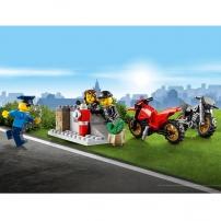 LEGO City - Les voleurs se cachent