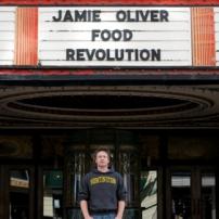Jamie devant le studio