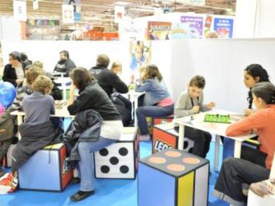 espace jeux de soci t images kidexpo actu quoi d. Black Bedroom Furniture Sets. Home Design Ideas
