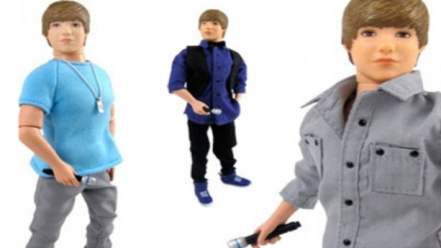 Justin Bieber sort sa poupée !