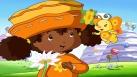Fleur d'Oranger devant son village