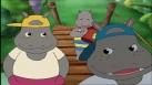 Petit Potam sur un pont avec ses deux grands frères Tim et Tam